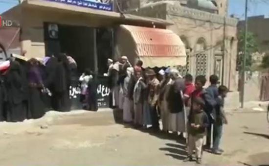 Những bữa ăn miễn phí cho người dân tại Yemen