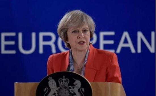 """Thủ tướng Anh """"bật đèn xanh"""" cho trưng cầu độc lập Scotland"""
