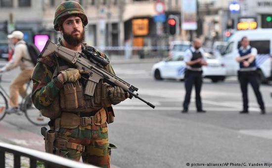 Đánh bom ga tàu điện tại Bỉ: Xác định danh tính thủ phạm