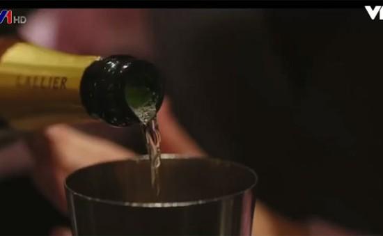 Trải nghiệm thực tế ảo khi uống cocktail