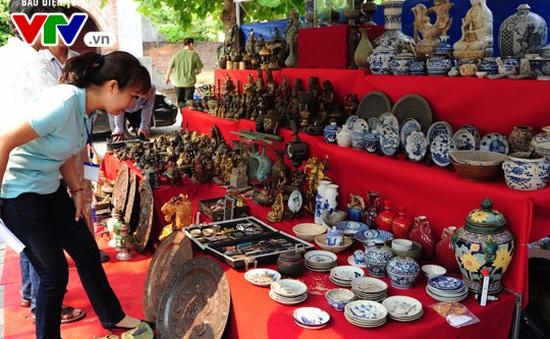 Phiên chợ đồ xưa Đà thành