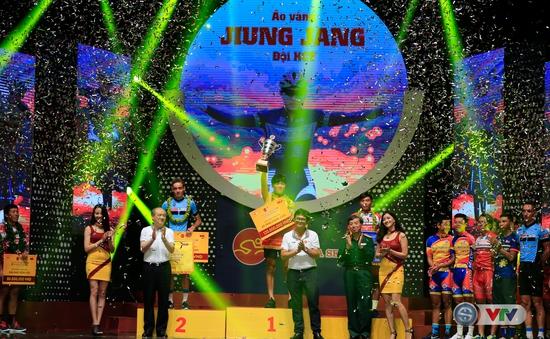 ẢNH: Những khoảnh khắc ấn tượng trong Gala giải xe đạp quốc tế VTV Cúp Tôn Hoa Sen 2017
