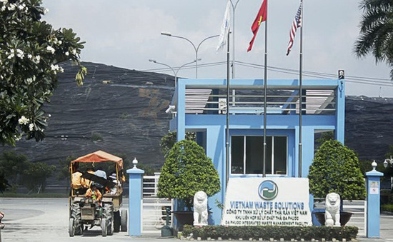 Phạt gần 1,6 tỷ đồng các vi phạm ở bãi rác Đa Phước
