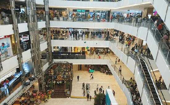 Nhiều trung tâm thương mại tại TP.HCM giảm giá dịp lễ 30/4