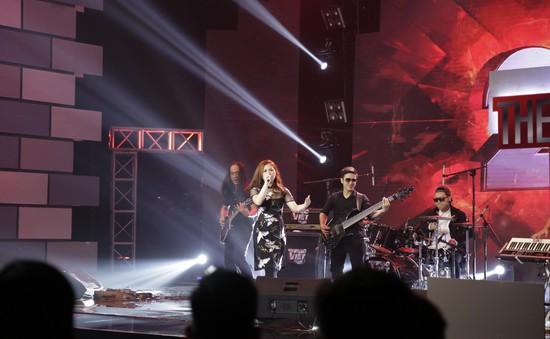 Ban Nhạc Việt: Xuất hiện ban nhạc Rock khiến 4 HLV tranh giành quyết liệt