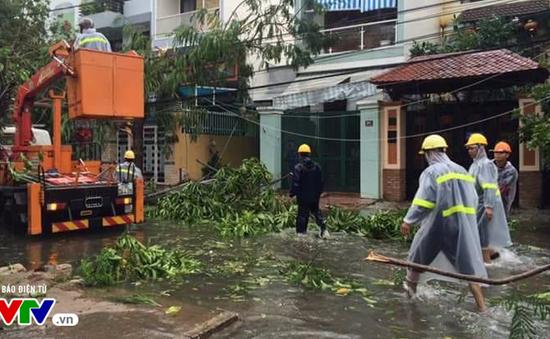 Bình Định: Nhiều vùng ở huyện An Lão vẫn bị chia cắt sau bão số 12