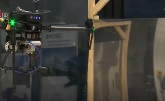 SpiderbotMAV - Máy bay không người lái bắn tơ như người nhện