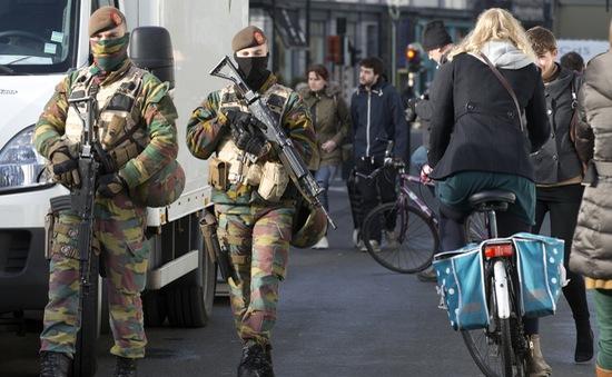 Thủ đô Brussels của Bỉ bị phong tỏa vì đe dọa an ninh