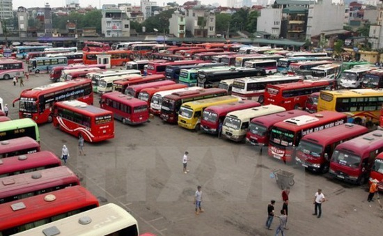 Hơn 400 phương tiện chưa nộp lại phù hiệu bị thu hồi