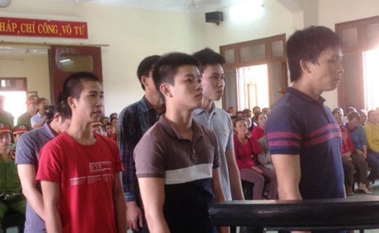 Phú Yên: Xét xử vụ giết người và cố ý gây thương tích nghiêm trọng