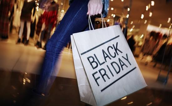 Người Mỹ thờ ơ với ngày mua sắm Black Friday 2017