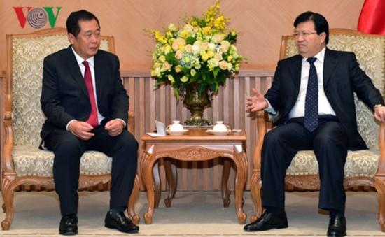 Khuyến khích các doanh nghiệp đầu tư sang Lào