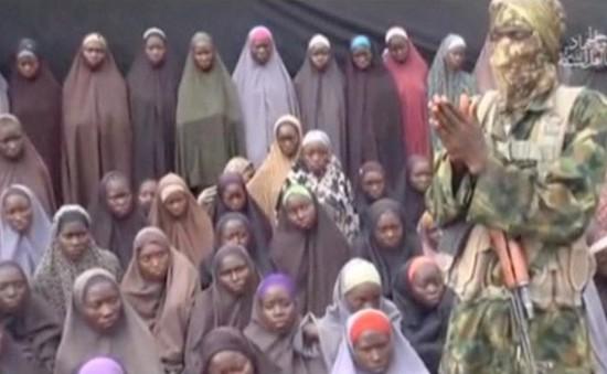 Tưởng niệm 1.000 ngày vụ bắt cóc nữ sinh tại Nigeria