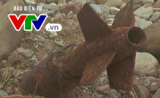 Quảng Nam: Xử lý bom phát hiện trong lúc khắc phục mưa lũ