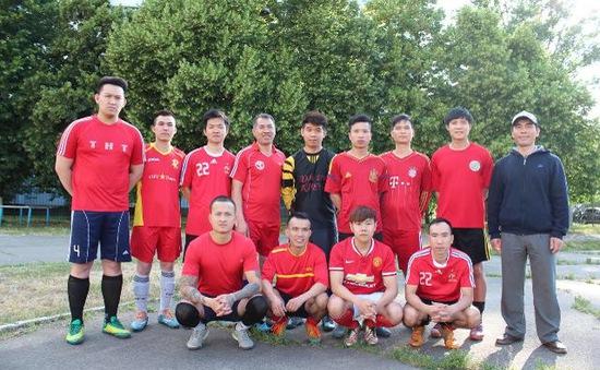 Hội người Việt tại Ukraine tham dự giải bóng đá cộng đồng