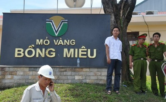Yêu cầu mỏ vàng Bồng Miêu đóng cửa trước ngày 31/5
