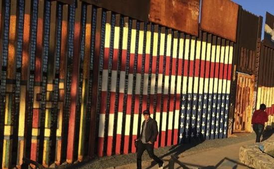 Mỹ đấu thầu việc xây dựng bức tường biên giới với Mexico