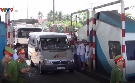 CSGT Đồng Nai khẳng định dùng tiền lẻ qua trạm BOT không phạm luật