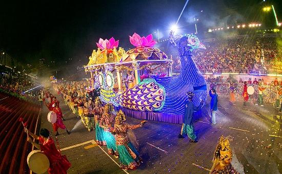 """Brazil: Du khách làm """"nóng"""" Rio trước ngày diễn ra Lễ hội đường phố"""