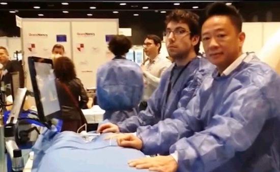 Bác sĩ Việt kiều mong muốn phát triển robot phẫu thuật ở Việt Nam