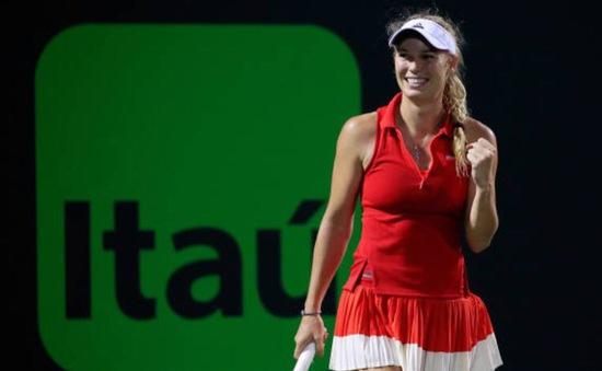 Wozniacki lần đầu vào chung kết Miami mở rộng