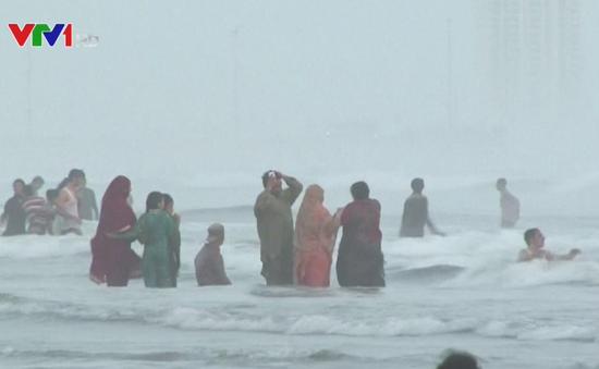 Karachi (Pakistan) cấm tắm biển trong 6 tháng