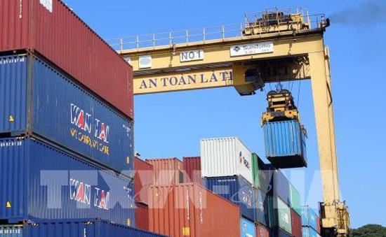 Việt Nam dự kiến đạt kim ngạch xuất khẩu trên 212 tỷ USD