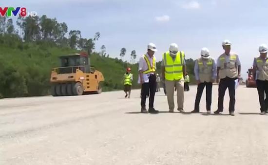 Chính phủ yêu cầu đẩy nhanh tiến độ các dự án giao thông trọng điểm