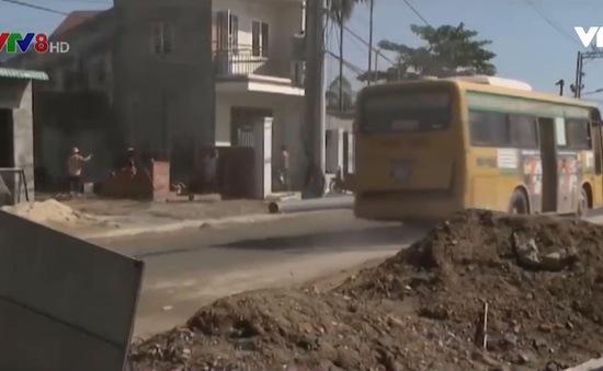 Quảng Nam: Dân khổ vì đường gom cao tốc thi công ì ạch