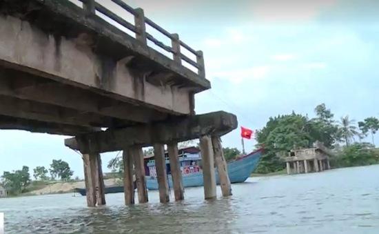 Thanh Hóa: Hàng trăm hộ dân gặp khó khăn vì cầu sập