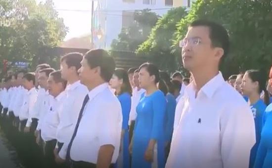 Quảng Trị: Đồng loạt tổ chức nghi lễ chào cờ đầu tuần