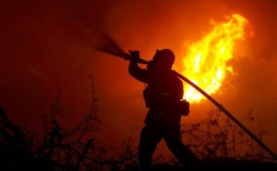 Mỹ kiểm soát được nhiều đám cháy tại Nam California