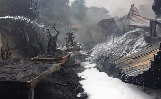 Cháy lớn tại làng Triều Khúc, người dân náo loạn