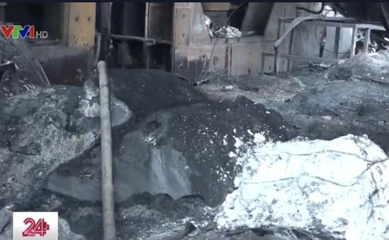 Cháy liên tiếp tại TP.HCM, thiêu rụi nghìn m2 nhà xưởng