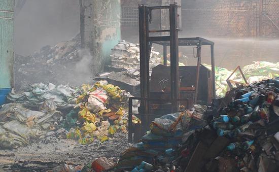 Tiền Giang: Khắc phục vụ cháy kho thuốc trừ sâu