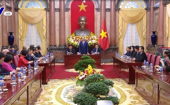 Chủ tịch nước gặp các nhà tài trợ APEC 2017