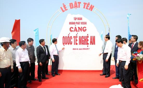 Chủ tịch nước dự lễ khánh thành một số công trình ở Nghệ An