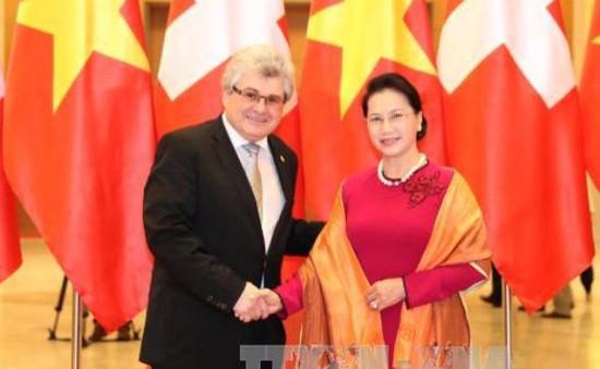 Chủ tịch Thượng viện Thụy Sĩ thăm chính thức Việt Nam
