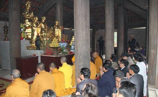 Chuẩn bị lễ hội Xuân Ngọa Vân, Quảng Ninh