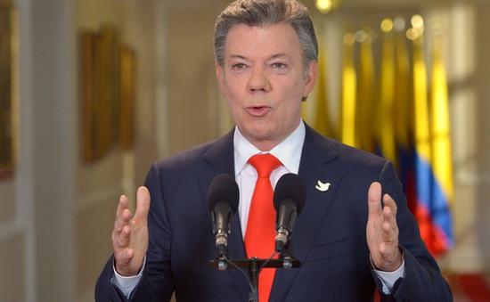 Tổng thống Colombia ân xá cho hơn 3.000 thành viên FARC