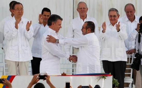 Tổng thống Colombia và thủ lĩnh FARC thảo luận tiến trình hòa bình