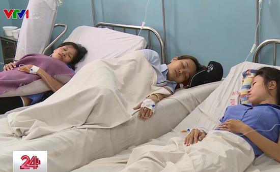 TP.HCM: Hàng chục công nhân nhập viện nghi ngộ độc khí