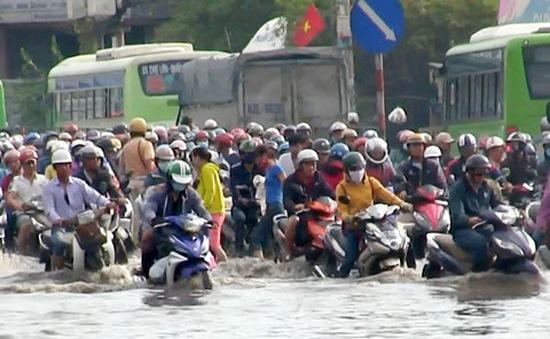 Những việc cần làm ngay khi xe máy bị ngập nước