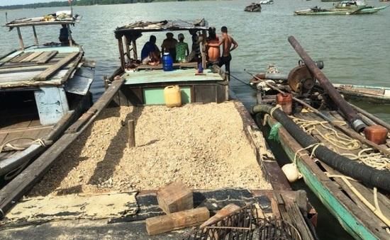 Kon Tum tồn tại nhiều điểm khai thác cát trái phép