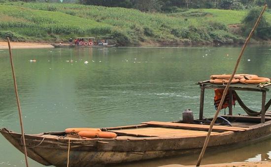 Quảng Nam: Vẫn còn nhiều bến đò nguy hiểm trong mùa mưa bão