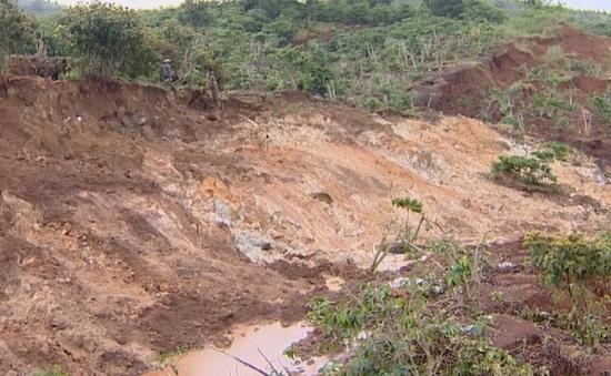 Hàng chục hộ dân Lâm Đồng có nguy cơ mất nhà do sạt lở