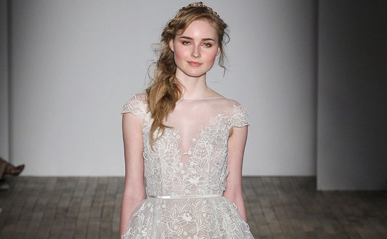 Mê mẩn những mẫu váy cưới vừa đơn giản, vừa sang chảnh