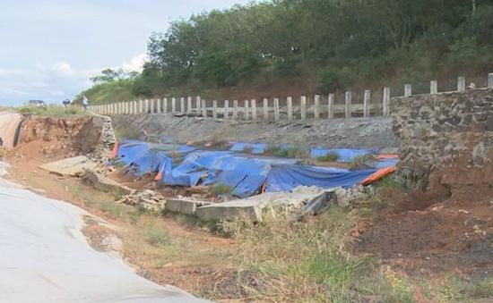 Công ty nhôm Đắk Nông khẩn trương khắc phục sạt lở quanh hồ bùn đỏ