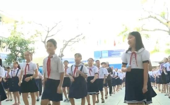 Bài nhảy Chachacha rộn ràng nơi trường học