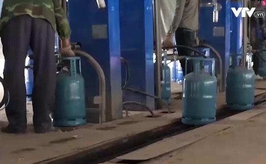 Doanh nghiệp vẫn sang chiết gas trái phép sau khi bị đình chỉ